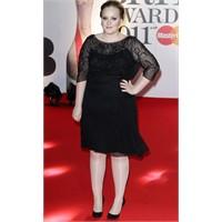 Adele Beni Sinir Etme!