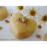 Yumurtalı İrmik Helvası / Fatosca Tadlar