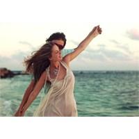 Çirkin Erkek Kadınların Mutluluk Sebebi