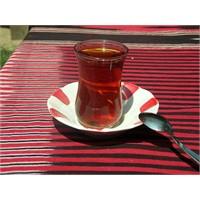 Bir Bardak Çayın Hiç Bilmediğiniz Faydaları