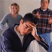 Ergenlik Çağındaki Çocuklarımızla İletişim Kurmanı