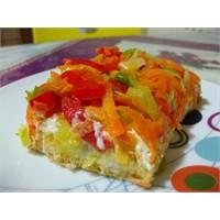 Karışık Sebzeli Etimek Salatası