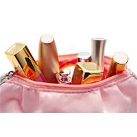 Makyaj Çantamın En Favori 5 Ürünü!