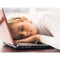 Sürekli Yorgun Musunuz? İşte Nedenleri