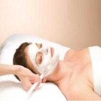 Yaşlanma Karşıtı Doğal Yüz Maskesi Nasıl Yapılır?