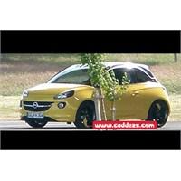 Sır Gibi Saklanan Opel Adam İlk Kez Görüntülendi