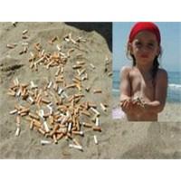 Plajlari İzmaritlerle Kirleten Magandalar