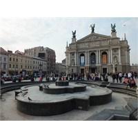 Lviv 'e Devam