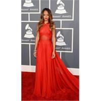 55. Grammy Ödülleri'nin En Şıkları