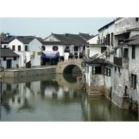 Çin'de Tarihi Kasaba Wuzhen