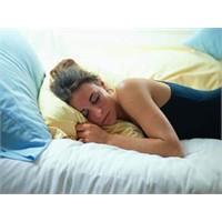 Sıcakta rahat uyumanın 12 yolu