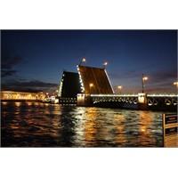 St. Petersburg İzlenimlerim 2 – Gece Hayatı