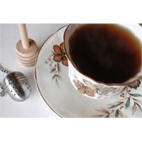 Çay İçmek Kalbe İyi Geliyor