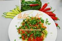 Oktay Usta dan Közlenmiş Biber Salatası