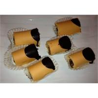 Tatlı Kaçamaklar | Pelit Krokanlı Mini Rulo Pasta