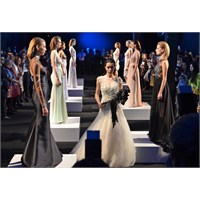 Mercedes - Benz Fashion Week İst. Begüm Salihoğlu