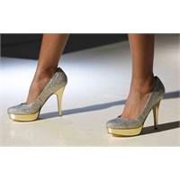 Topuklu Ayakkabıları Acı Çekmeden Giyin