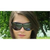 Göz Sağlığınız İçin Güneşle Aranıza Mesafe Koyun