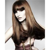Dalgalı Ve Katlı Saç Modelleri