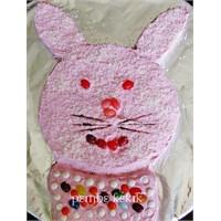 Pembe Tavşan Pasta