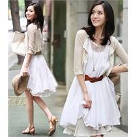 Elbisede Beyaz Modası