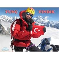 Zirvedeki Türk: Tunç Fındık