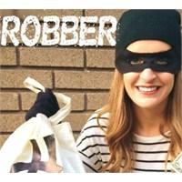 Blogta Hırsız Var!