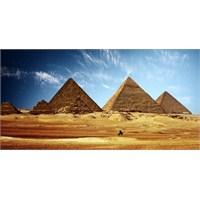 Piramitlerden Nil Nehri'ne Mısır