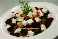 Pancarlı Peynirli Çoban Salata