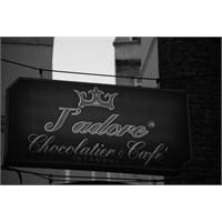 Çikolataya Taparım Diyenlerin Mekanı: J'adore