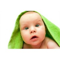 Küçük Bebeklerin Güvenliği Nasıl Sağlanır?