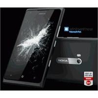 Nokia'dan Batman Logolu Telefon