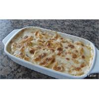 Fırında Kremalı Patates Tarifi İster Misiniz?