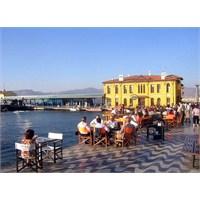 İzmirliler İstanbul'u Neden Sevmez?
