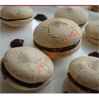 Çikolatalı Kahveli Macaronlar (Resimli Anlatım)