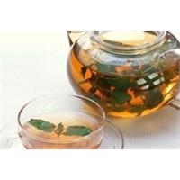 Yeşil Çayın Faydalarını Biliyor Musunuz?