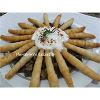 Patlıcan Ve Mantarlı Çıtır Rulo Böreklerle Güneş