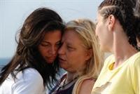 Anne - Kız Arkadaşlığı Doğru Mu?