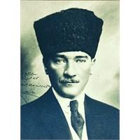 Bir Adam, İsmi Kemal