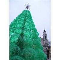 32.000 Plastik Şişeden Yılbaşı Ağacı