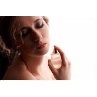 Parfümün Tendeki Kalıcığı Nasıl Sağlanır?