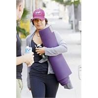 Vanessa Hudgens'a Spor Yaramıyor Mu?