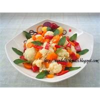 Karnıbahar Salatası
