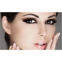 Cilt Rengine Uygun Makyaj İle Porselen Etkisi Yara
