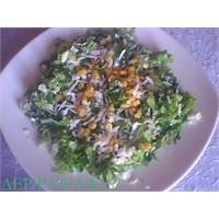 Misirli Hellim Peynirli Salata