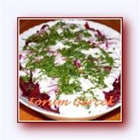 Yoğurtlu Mor Lahana Salata Tarifi