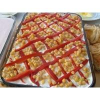 Yoğurtlu - Mısırlı Patetes Salatası