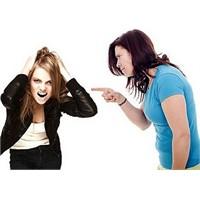 Ergenlikte Çocuklara Nasıl Davranmalı?