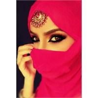 Arap Göz Makyajı Nasıl Yapılır ?