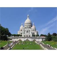 Paris'in En Güzel Yapılarından Sacre Couer Bazlksı